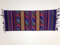 textil-artesanal-oaxaqueno-morado-con-detalles-de-color